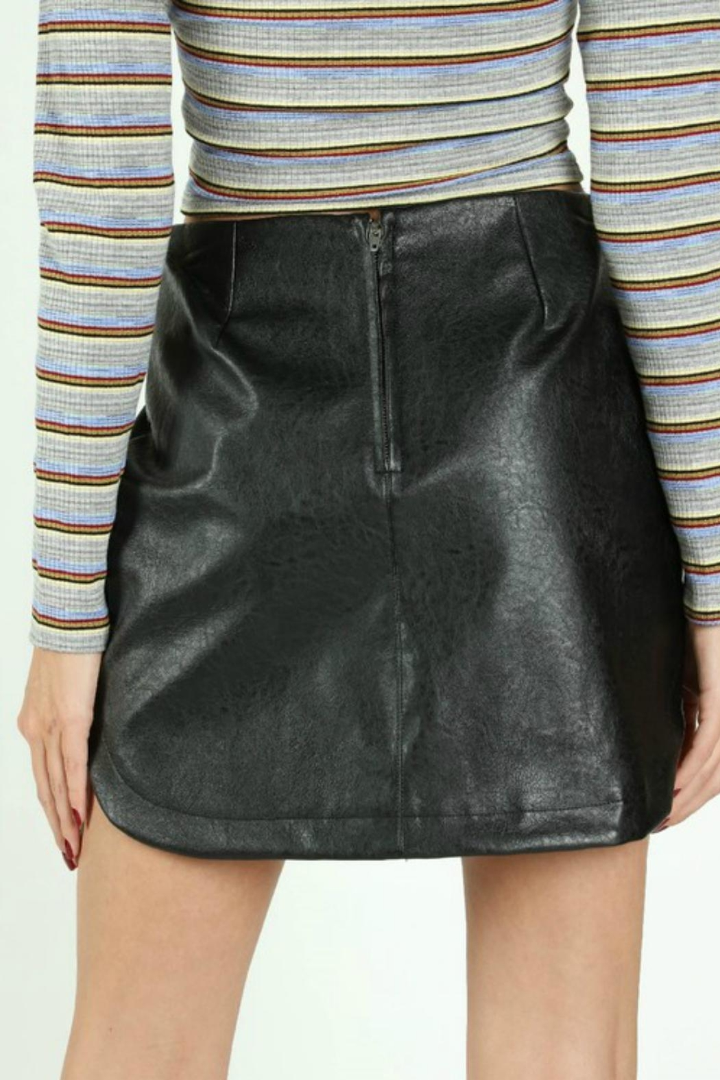 Pretty Little Things Rounded Leather Skirt - Side Cropped Image