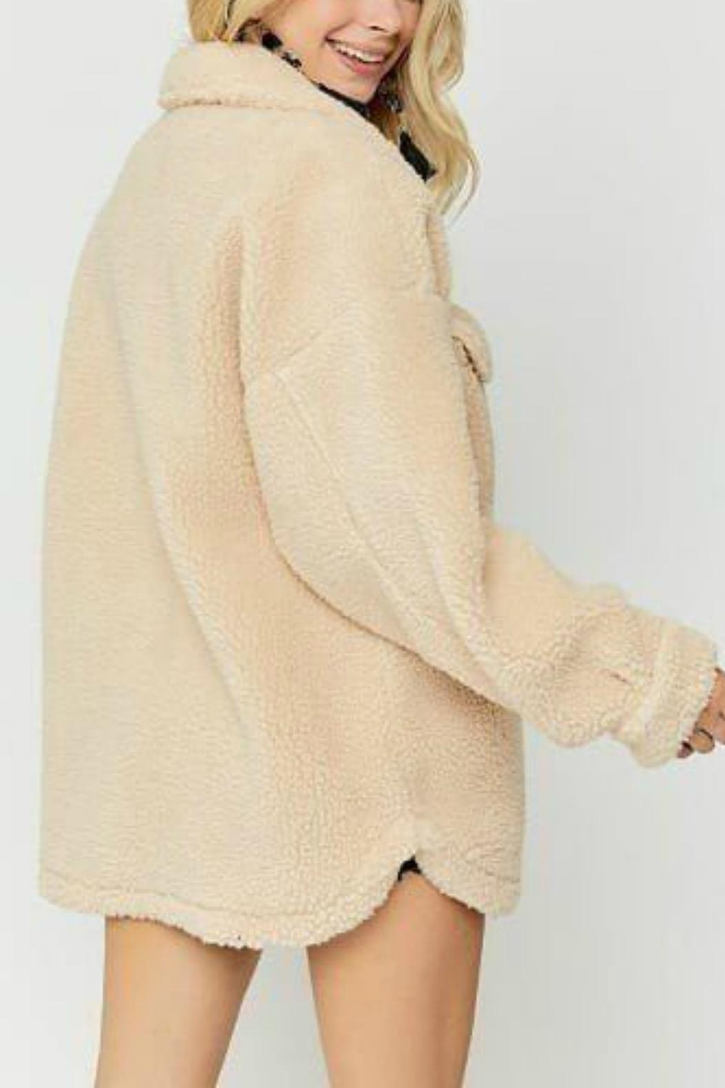 Pretty Little Things Sherpa Shirt Jacket - Side Cropped Image