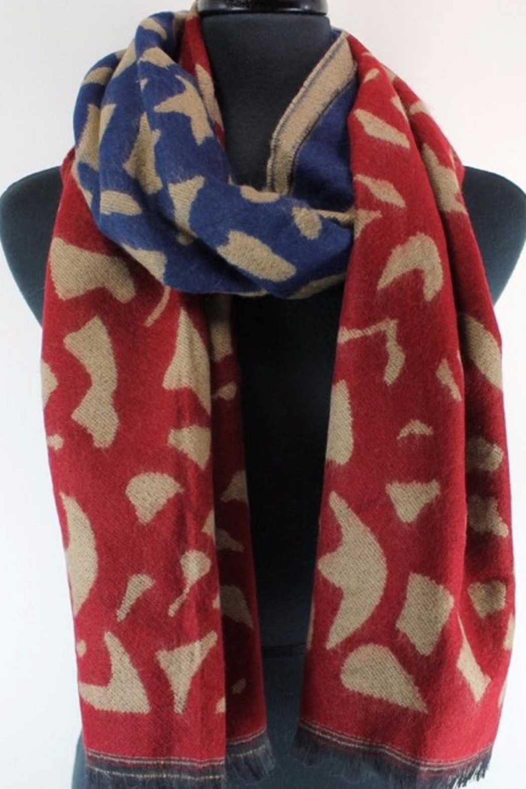 Pretty Persuasions Comet Tail Scarf - Front Full Image