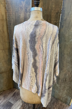 Nally & Millie Print marbled Oversize Angles Top - Alternate List Image