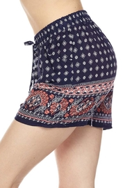 New Mix Print Woven Short - Front cropped