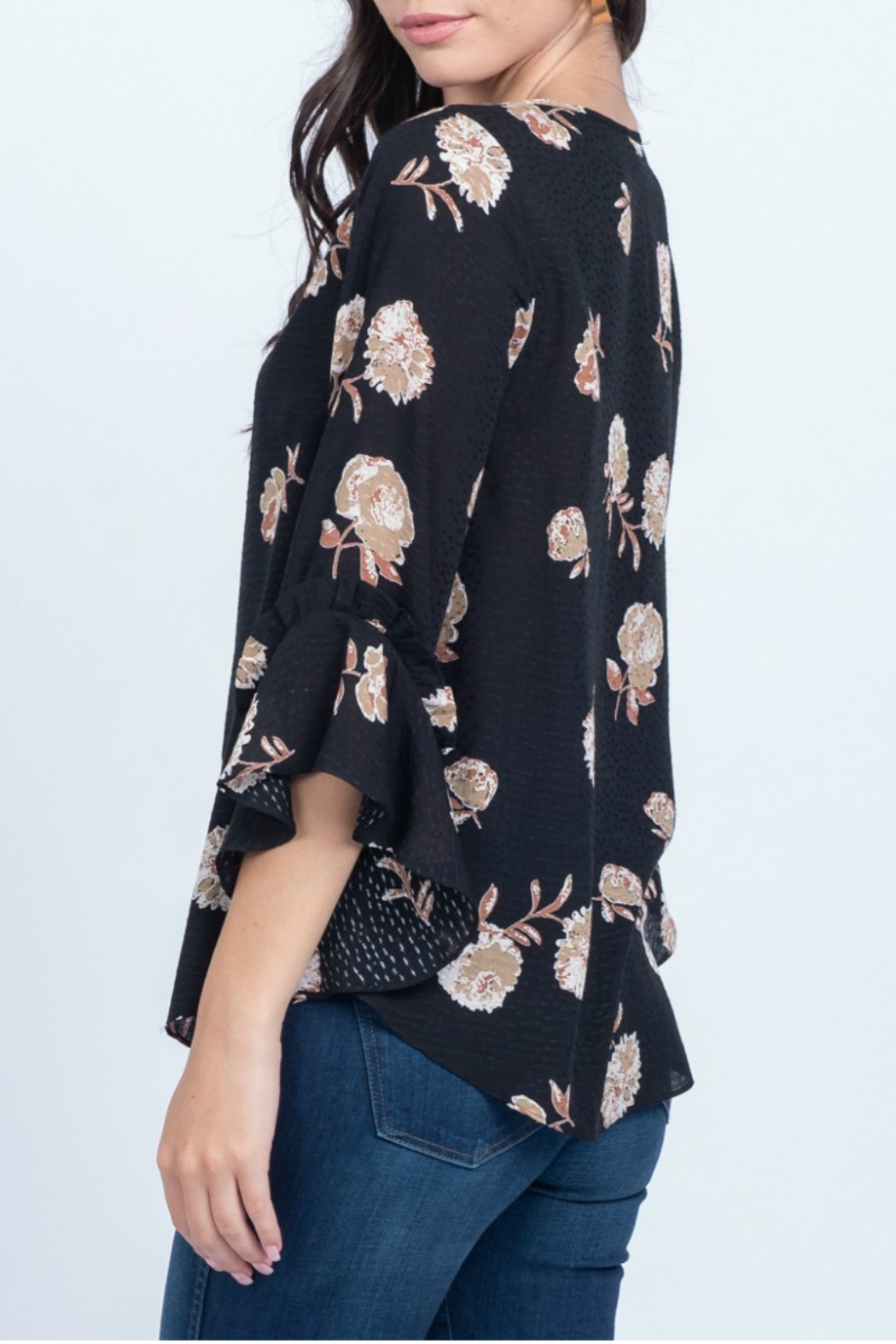 Everly Printed floral woven ruffle sleeve top - Front Full Image