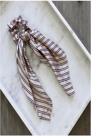 Pretty Simple Printed Hair Scrunchy Scarf - Front cropped