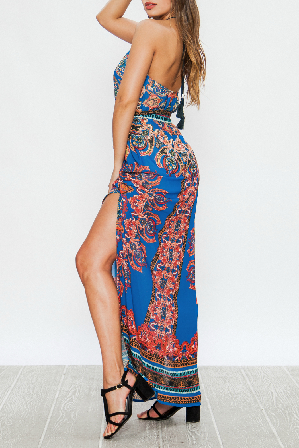 Flying Tomato Printed halter maxi - Front Full Image