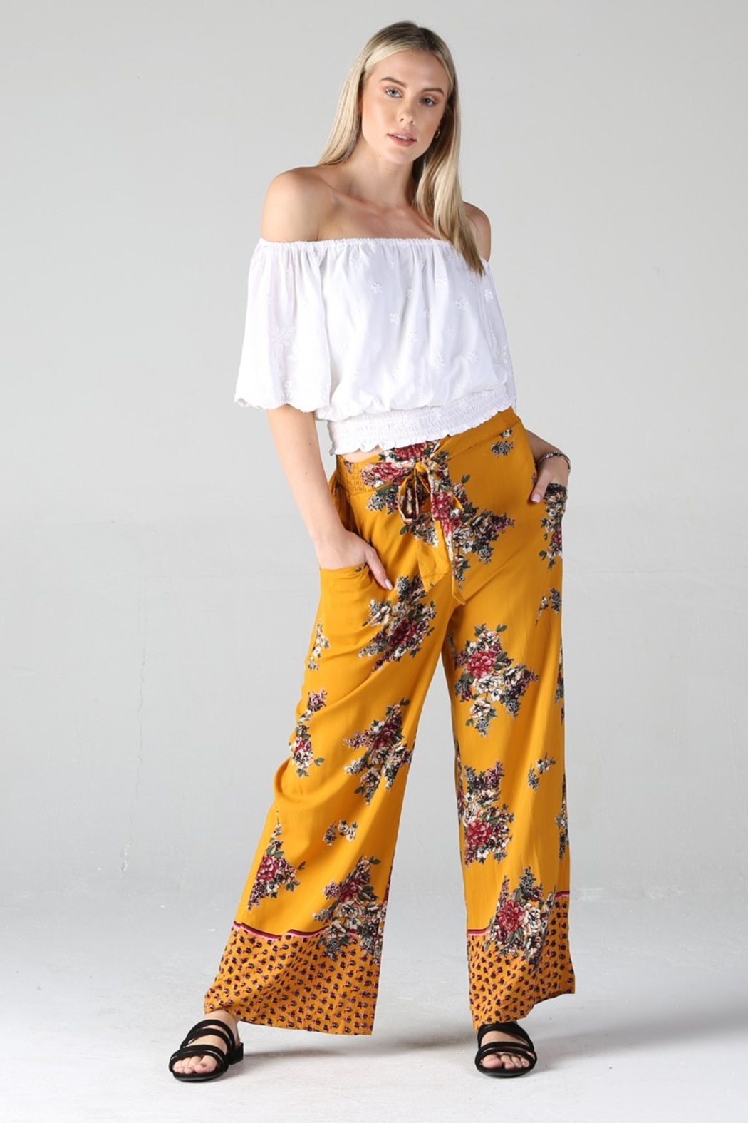 Angie PRINTED PANTS - Front Cropped Image