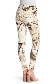 Nicole Miller Printed Skinny Pants - Front full body