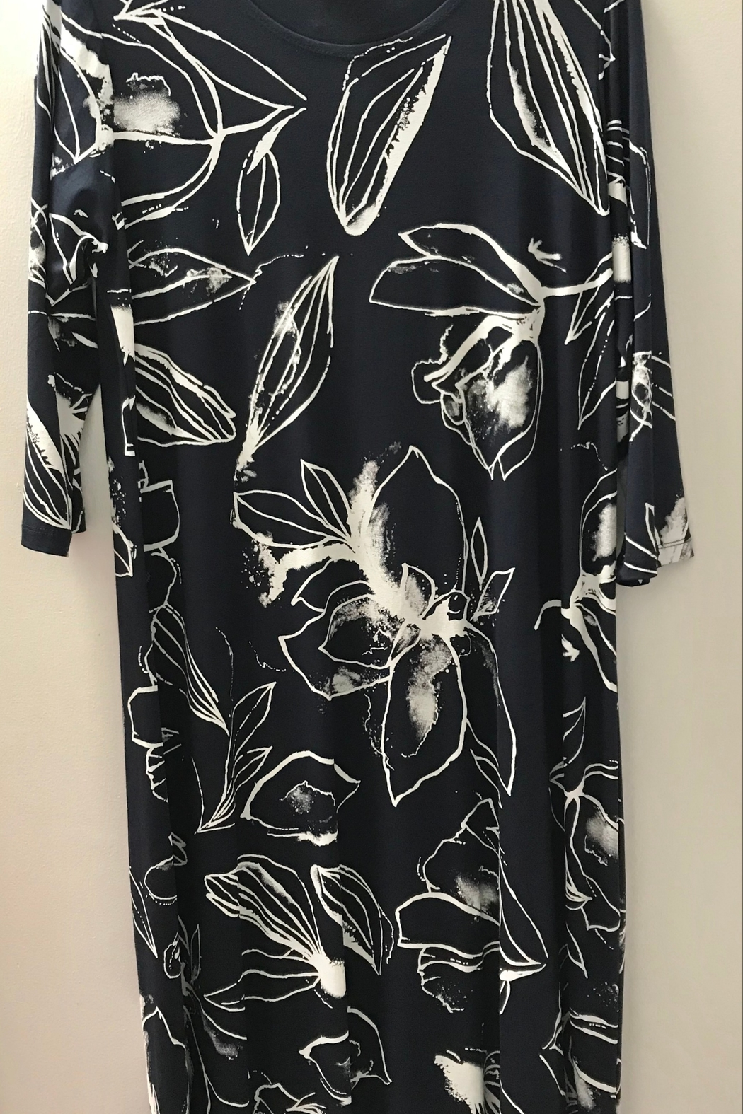 Kosher Casual Printed T-Shirt Dress Past the Knee - Front Cropped Image