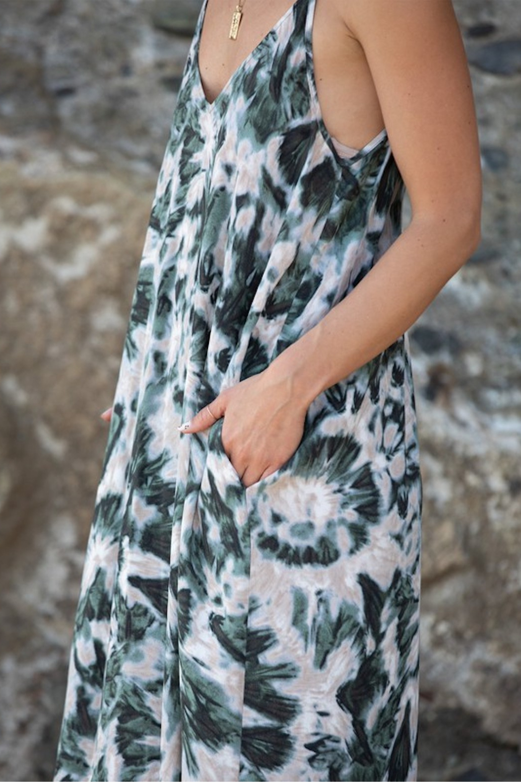 Love Stitch Printed V Neck Maxi - Side Cropped Image