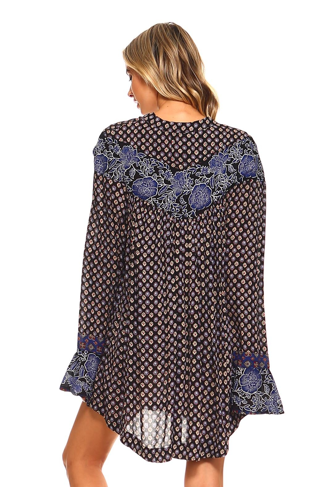 Lola P. Printed Woven Tunic - Side Cropped Image