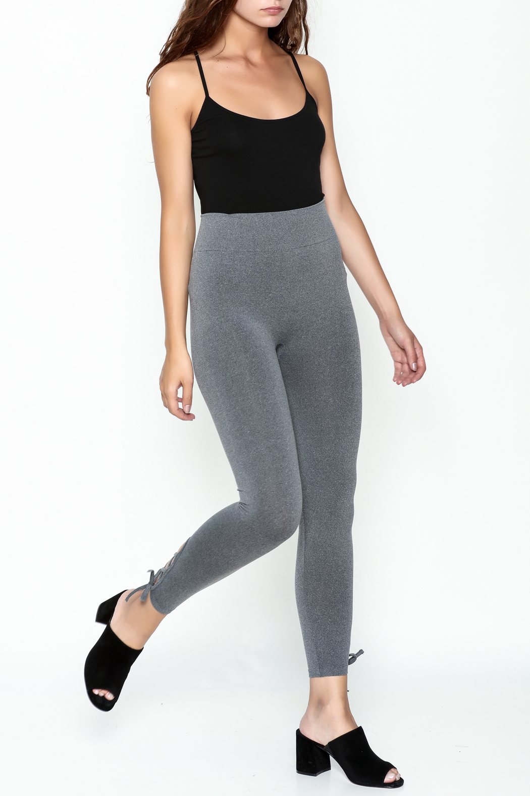 Private Label Criss Cross Leggings - Side Cropped Image