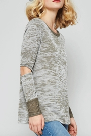 Promesa Elbow Burnout Top - Front full body
