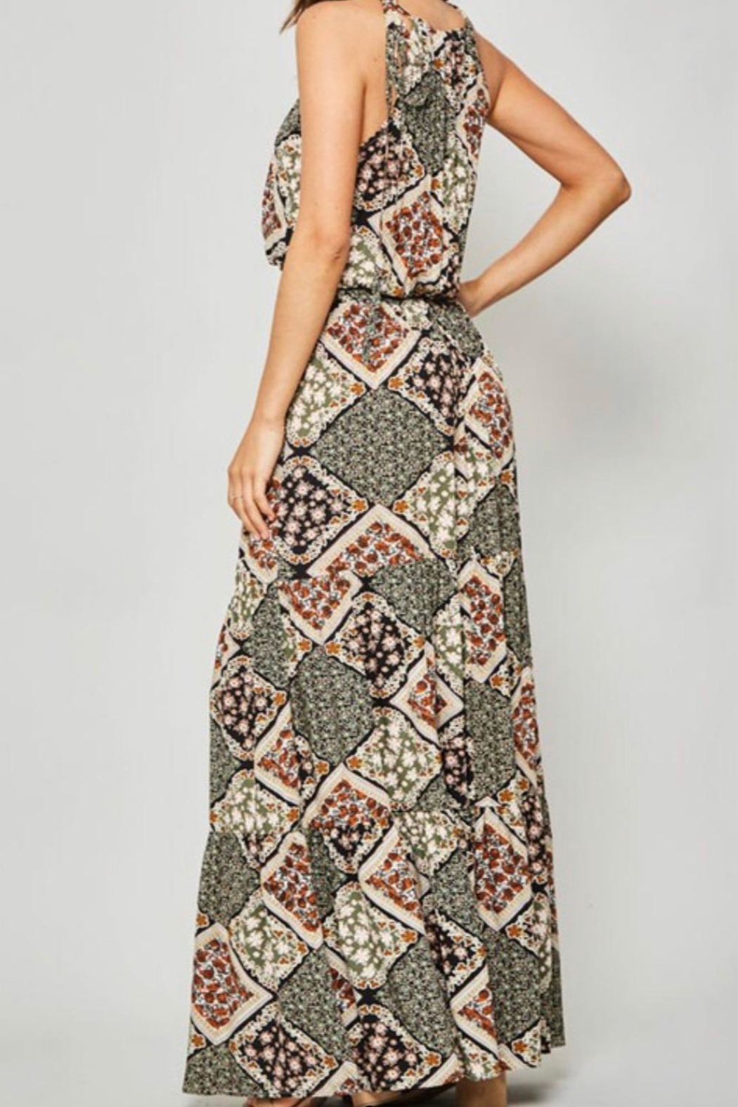 Promesa Halter Maxi Dress - Side Cropped Image
