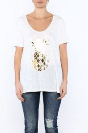 Promesa Pineapple Graphic Tee - Side cropped