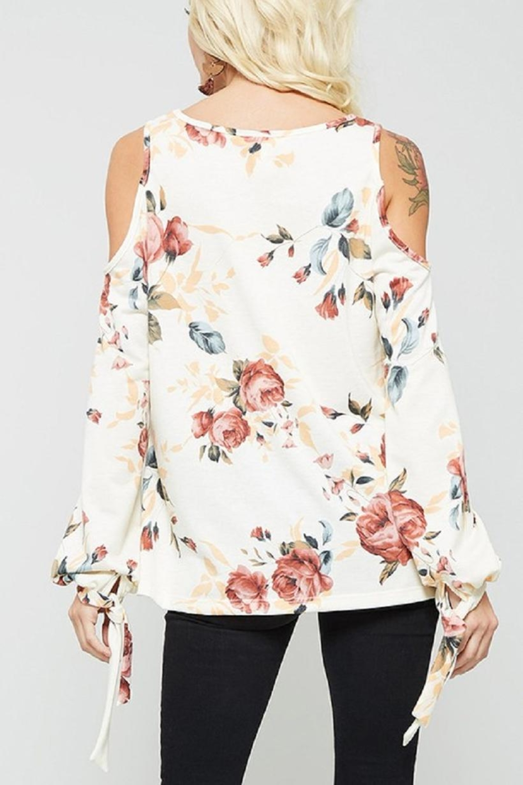 Promesa USA Cold Should Floral - Back Cropped Image