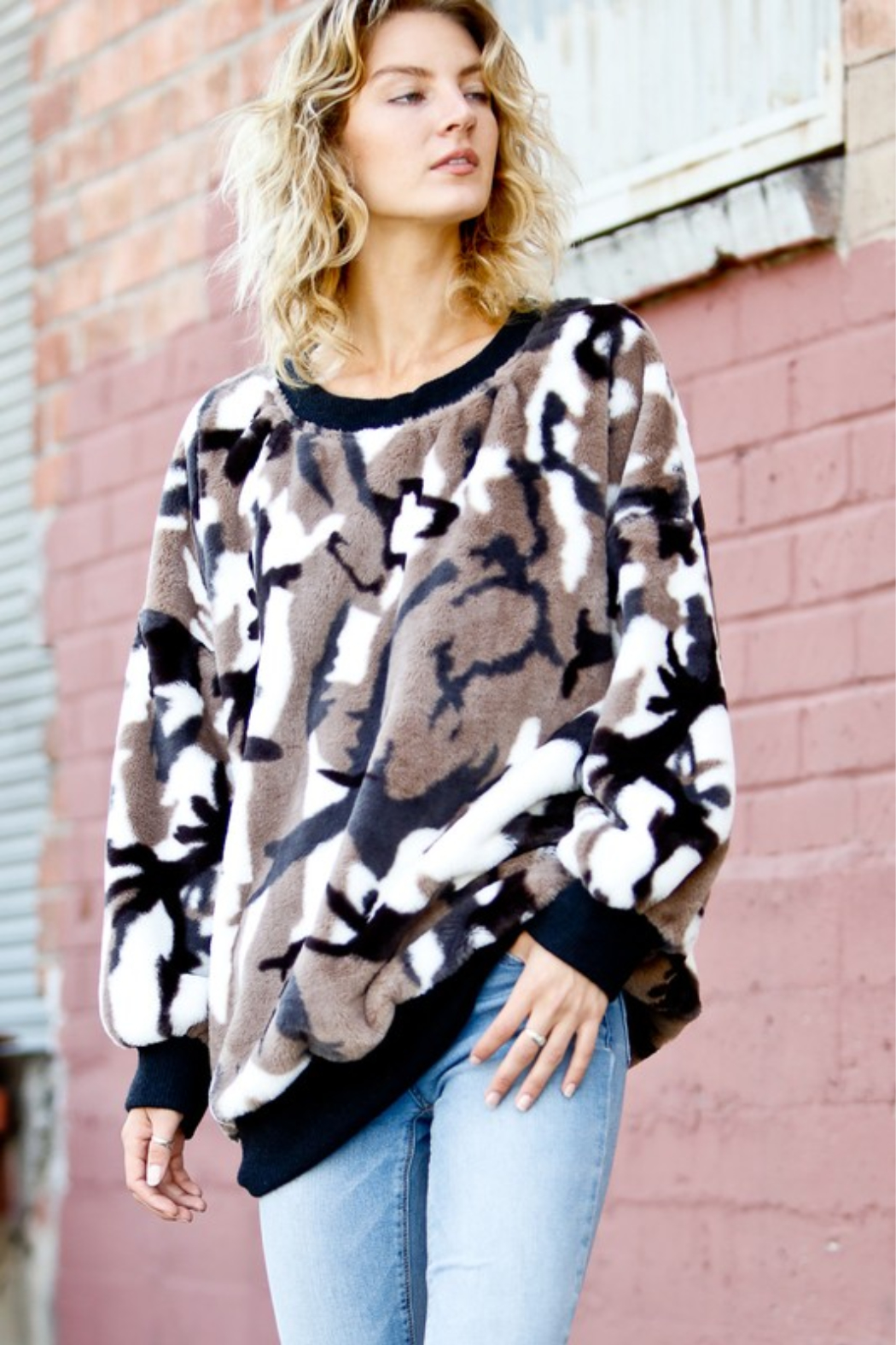Mazik Puff Sleeve Faux Fur Pullover - Front Full Image