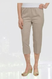 Focus 2000 Pull-On Capri Pants - Product Mini Image