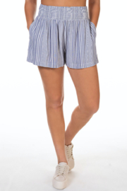 Dex PULL ON SMOCKED WAIST STRIPED SHORT - Product Mini Image