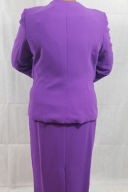 Lilly & Taylor Purple suit - Front full body
