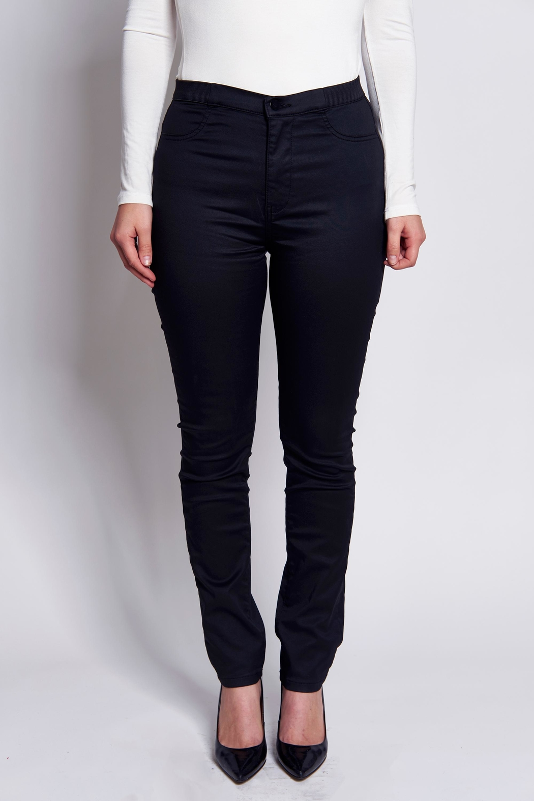 B&K moda Push-Up Shaping  Jeans - Front Cropped Image