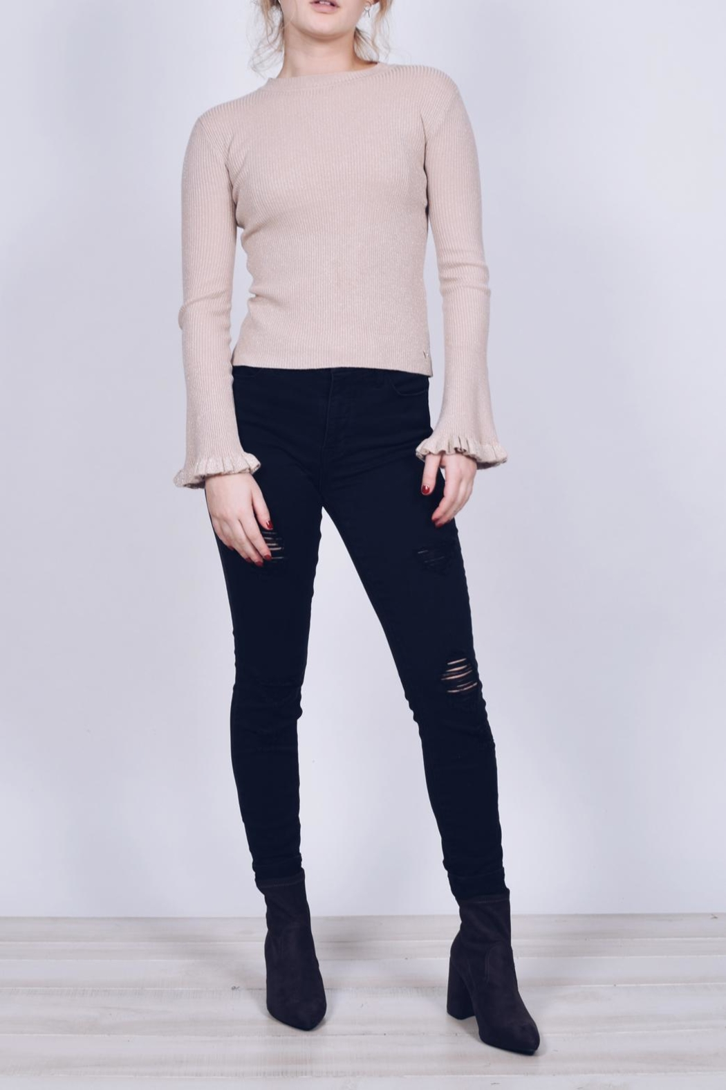 Q2 Ruffle Sleeve Sweater - Back Cropped Image