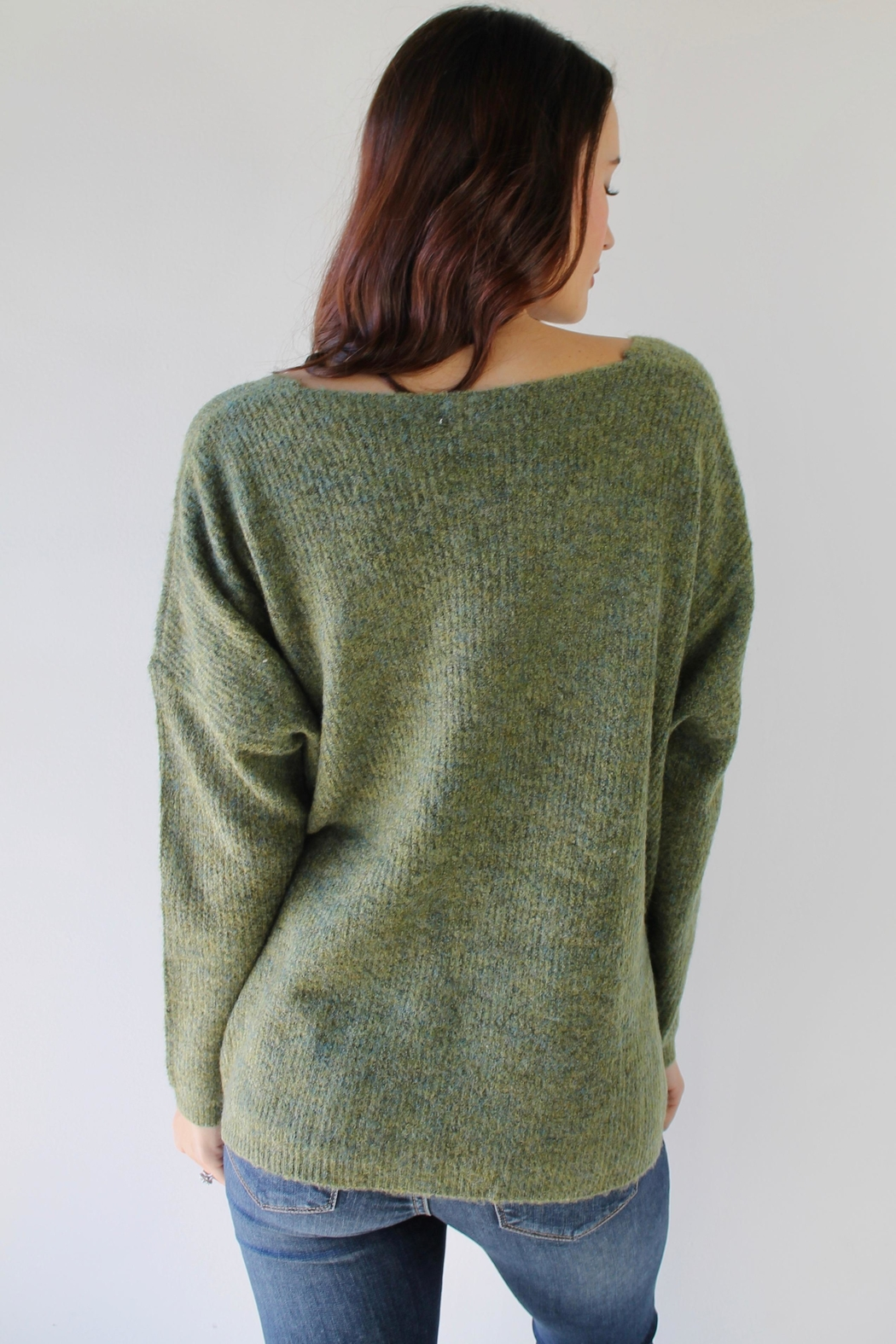 Q2 Ski Bunny Sweater - Side Cropped Image