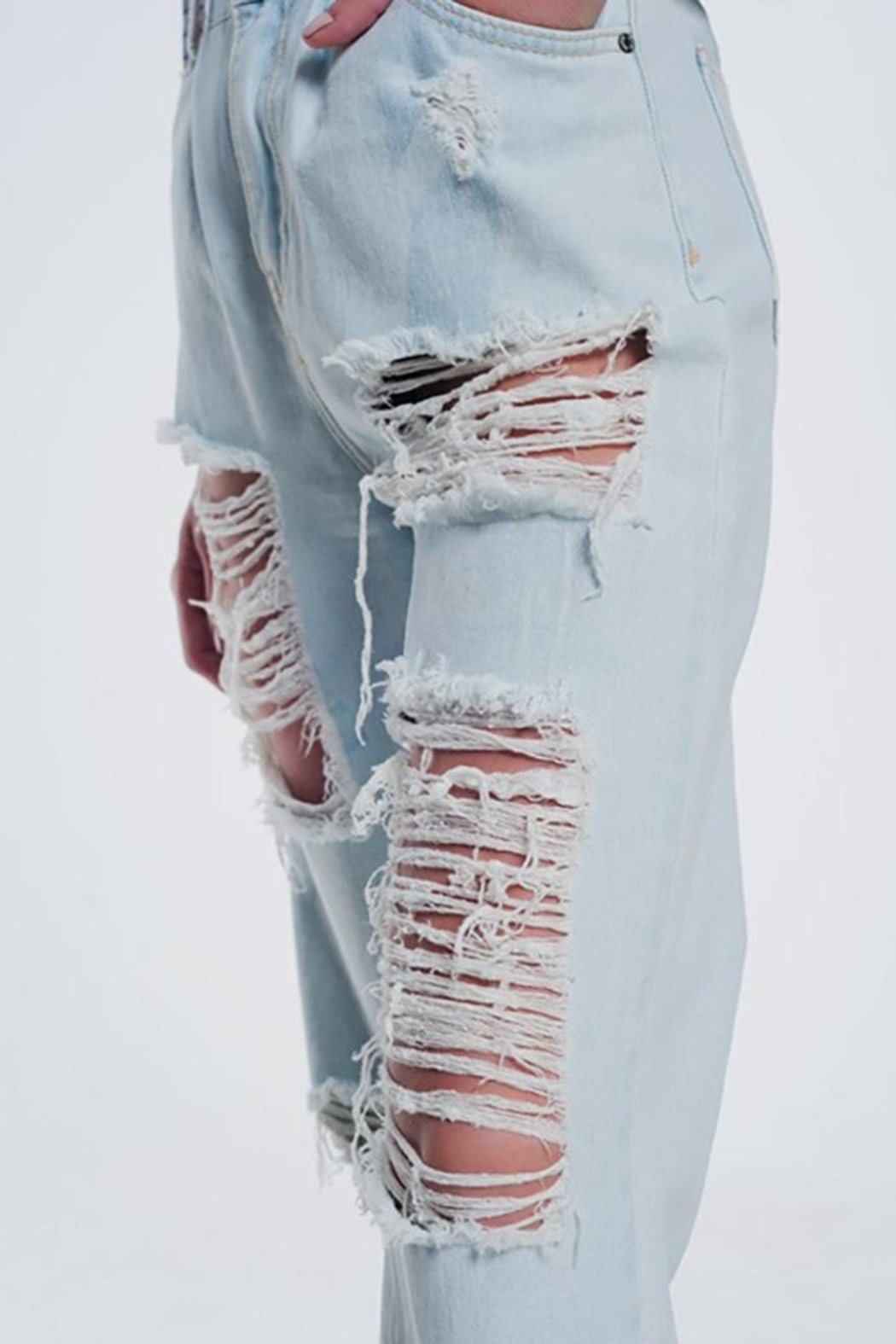 Q2 Super Ripped Boyfriend Jeans - Side Cropped Image