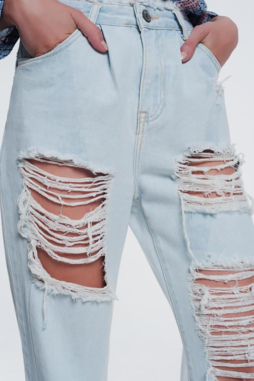 Q2 Super Ripped Boyfriend Jeans - Front Full Image