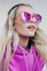 Quay Australia Camden Height's Sunglasses - Side cropped