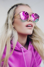 Quay Australia Camden Heights Sunnies - Side cropped