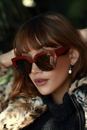 Quay Australia Don't Stop Sunnies - Side cropped
