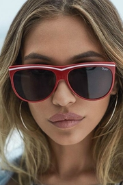 Quay Australia Hollywood Nights Sunglasses - Side cropped