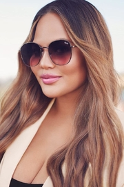 Quay Australia Jezabell Sunnies - Side cropped