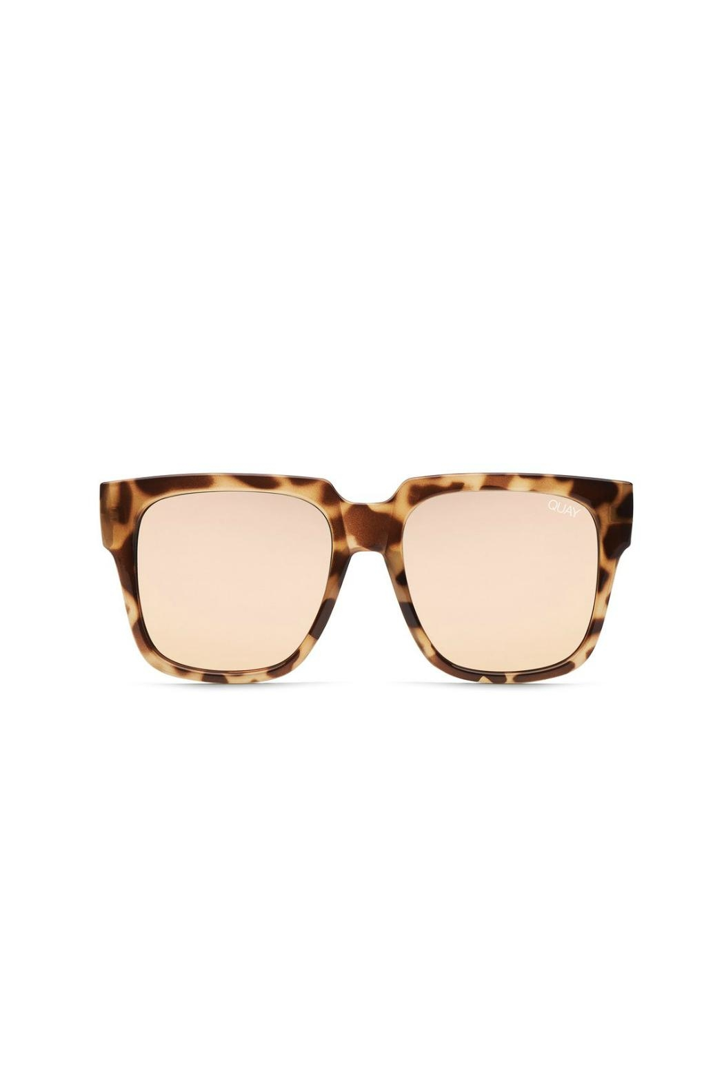 Quay Australia On The Prowl Sunglasses - Front Cropped Image