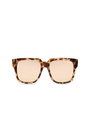 Quay Australia On The Prowl Sunglasses - Front cropped
