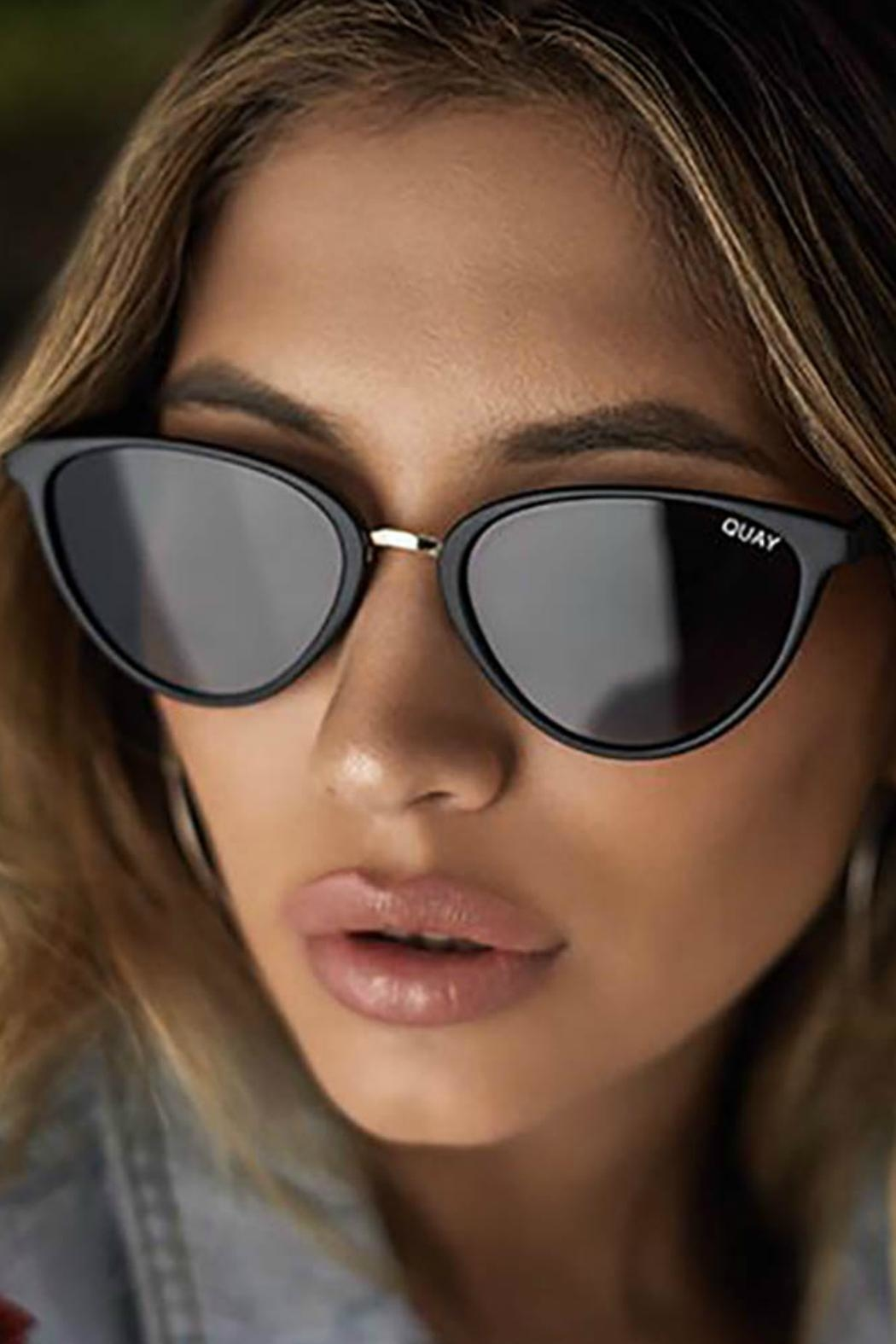 Quay Australia Rumours Sunglasses - Side Cropped Image