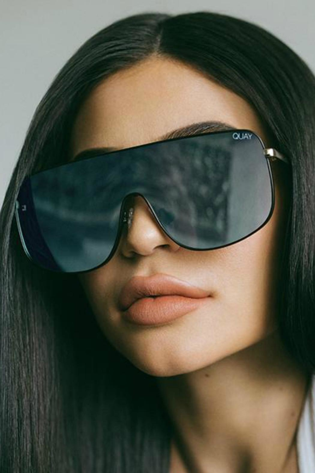 Quay Australia Unbothered Quayxkylie Sunnies - Side Cropped Image