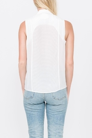 QUINN Chelsea Button Up Top - Side cropped