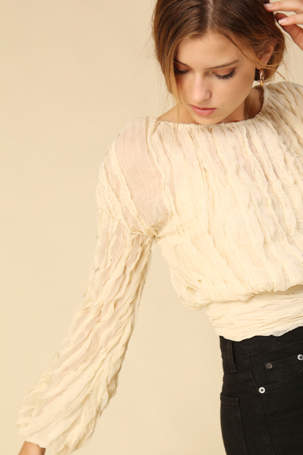 Line & Dot Quinn Long Sleeve Top - Side Cropped Image