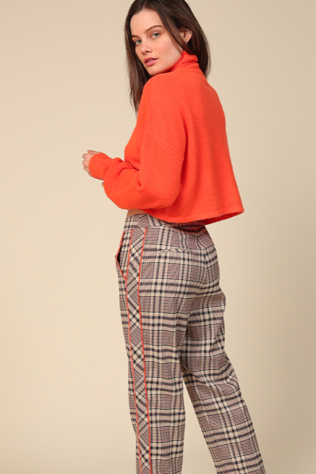 Line & Dot Quinn Side Contrast Pants - Front Full Image