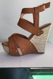 Qupid Metallic Wedge Sandal - Front cropped