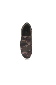 Qupid Royal Camo Sneaker - Back cropped