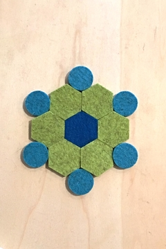 Ró   Felt Trivet - Alternate List Image