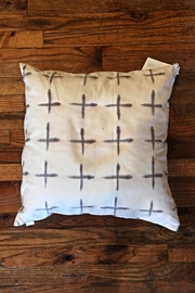 Ró   Hand Dyed Pillow - Product Mini Image