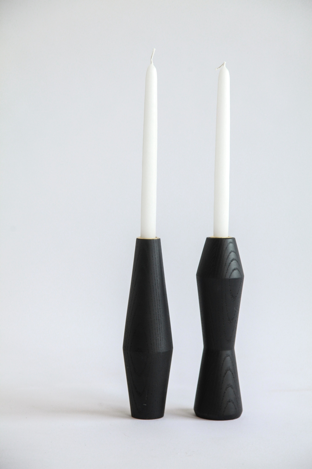 Ró   Handmade Candle Holders - Front Cropped Image