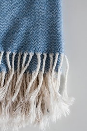 Ró   Vintage Wool Throw - Front cropped