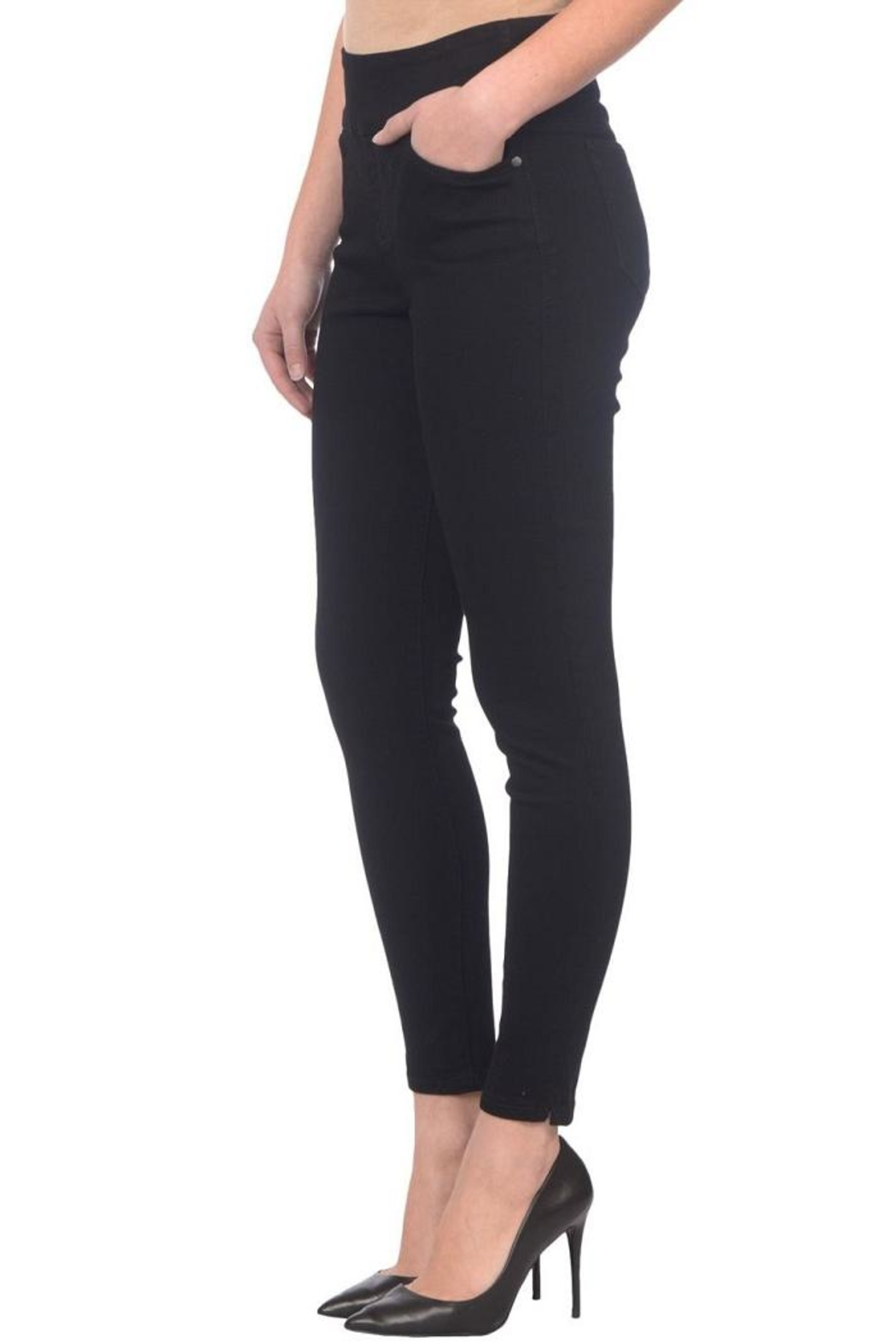 Lola Jeans Rachel Pull-On Jeans - Side Cropped Image