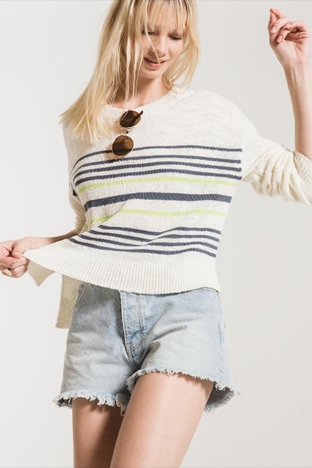 rag poets Pop-Of Color Sweater - Side Cropped Image