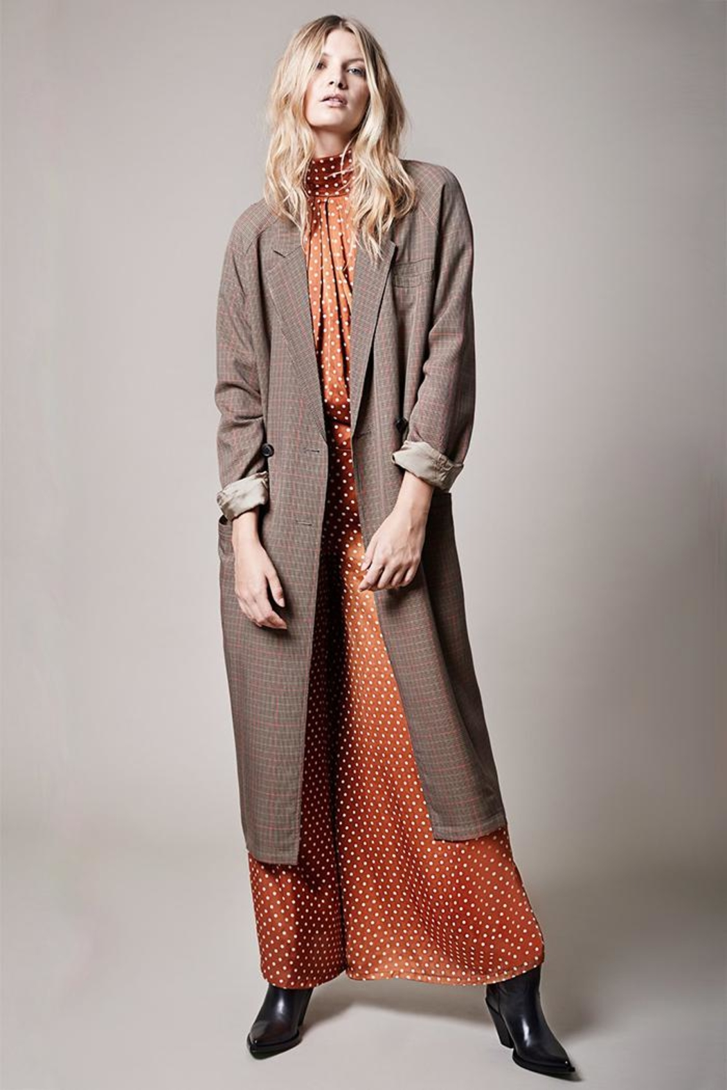 Smythe Raglan Trench - Front Cropped Image