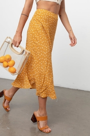 Rails London In Marigold - Side cropped