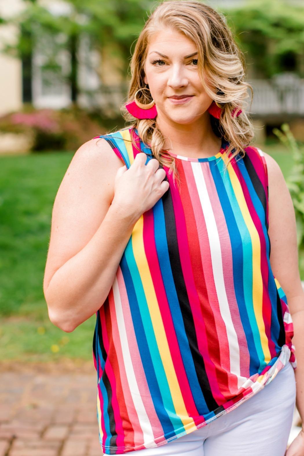 Izzie's Boutique Rainbow Sleeveless Top - Side Cropped Image